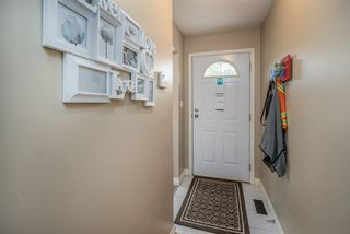 "Photo 2: 13 34332 MACLURE Road in Abbotsford: Abbotsford East Townhouse for sale in ""IMMEL RIDGE"" : MLS®# R2510549"