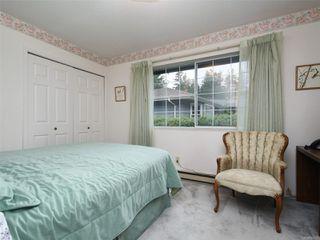 Photo 10: 9 4630 Lochside Dr in : SE Broadmead Row/Townhouse for sale (Saanich East)  : MLS®# 860476