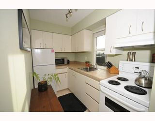 Photo 3: 304 8680 FREMLIN ST in Vancouver: Marpole Condo for sale (Vancouver West)  : MLS®# V803112