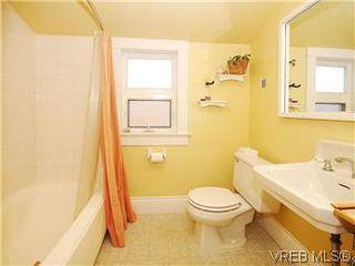 Photo 16: 1736 Bay Street in VICTORIA: Vi Fernwood Single Family Detached for sale (Victoria)  : MLS®# 295649