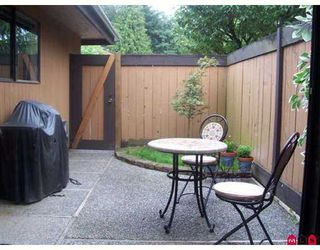 "Photo 10: 105 2533 MARCET Court in Abbotsford: Abbotsford East Townhouse for sale in ""Old Yale Estates"" : MLS®# F2719652"