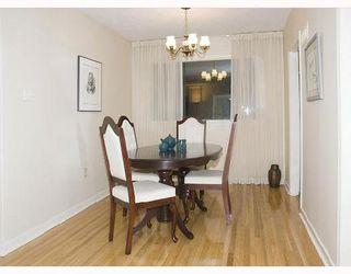 Photo 3: 528 OAKENWALD Avenue in WINNIPEG: Fort Garry / Whyte Ridge / St Norbert Single Family Detached for sale (South Winnipeg)  : MLS®# 2715905