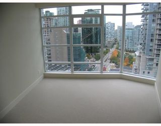 "Photo 4: 501 1205 W HASTINGS Street in Vancouver: Coal Harbour Condo for sale in ""CIELO"" (Vancouver West)  : MLS®# V677852"