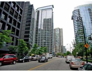 "Photo 1: 501 1205 W HASTINGS Street in Vancouver: Coal Harbour Condo for sale in ""CIELO"" (Vancouver West)  : MLS®# V677852"