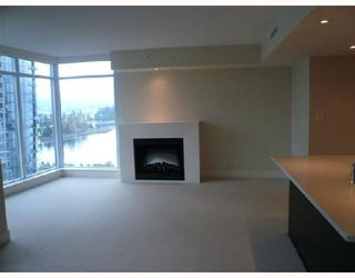 "Photo 3: 501 1205 W HASTINGS Street in Vancouver: Coal Harbour Condo for sale in ""CIELO"" (Vancouver West)  : MLS®# V677852"