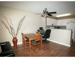 Photo 3: 309 260 NEWPORT DR in Port Moody: North Shore Pt Moody Condo for sale : MLS®# V592964