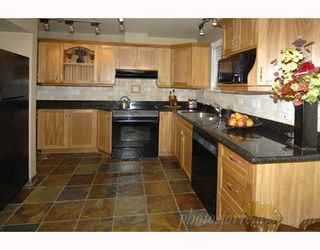 """Photo 3: 905 W 23RD Avenue in Vancouver: Cambie House for sale in """"DOUGLAS PARK"""" (Vancouver West)  : MLS®# V688556"""