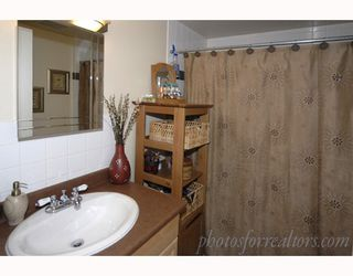 """Photo 9: 905 W 23RD Avenue in Vancouver: Cambie House for sale in """"DOUGLAS PARK"""" (Vancouver West)  : MLS®# V688556"""