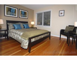 """Photo 4: 905 W 23RD Avenue in Vancouver: Cambie House for sale in """"DOUGLAS PARK"""" (Vancouver West)  : MLS®# V688556"""