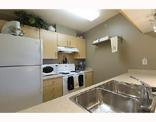 """Photo 8: 109 3520 CROWLEY Drive in Vancouver: Collingwood VE Condo for sale in """"MILLENIO"""" (Vancouver East)  : MLS®# V714670"""