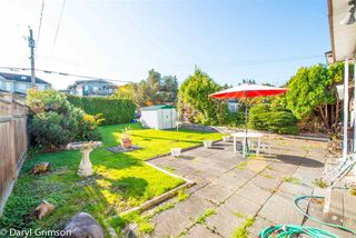 """Photo 2: 2854 W 24TH Avenue in Vancouver: Arbutus House for sale in """"Arbutus"""" (Vancouver West)  : MLS®# R2416109"""