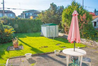 """Photo 3: 2854 W 24TH Avenue in Vancouver: Arbutus House for sale in """"Arbutus"""" (Vancouver West)  : MLS®# R2416109"""