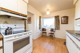 Photo 7: 7957 STRATHEARN Avenue in Burnaby: South Slope House for sale (Burnaby South)  : MLS®# R2428419