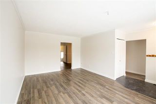 Photo 3: 14035 63 ST NW in Edmonton: Zone 02 House Half Duplex for sale : MLS®# E4179464