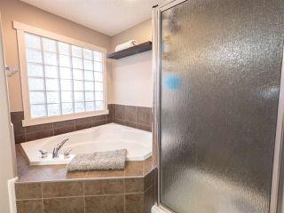 Photo 17: 1404 CYPRUS Way in Edmonton: Zone 27 House for sale : MLS®# E4197939