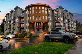 Photo 1: 205 866 Brock Ave in Langford: La Langford Proper Condo for sale : MLS®# 839618