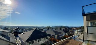 Photo 3: 2415 Azurite Cres in : La Bear Mountain Single Family Detached for sale (Langford)  : MLS®# 855045