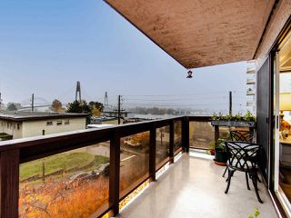 """Photo 19: 305 45 FOURTH Street in New Westminster: Downtown NW Condo for sale in """"DORCHESTER"""" : MLS®# R2515848"""