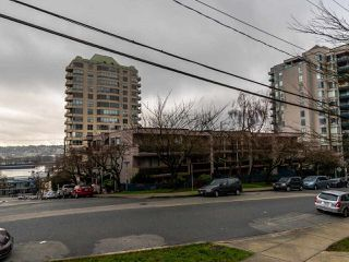 "Photo 21: 305 45 FOURTH Street in New Westminster: Downtown NW Condo for sale in ""DORCHESTER"" : MLS®# R2515848"