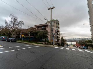 "Photo 22: 305 45 FOURTH Street in New Westminster: Downtown NW Condo for sale in ""DORCHESTER"" : MLS®# R2515848"