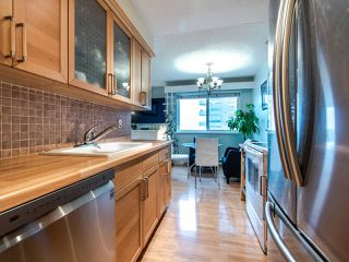 "Photo 11: 305 45 FOURTH Street in New Westminster: Downtown NW Condo for sale in ""DORCHESTER"" : MLS®# R2515848"