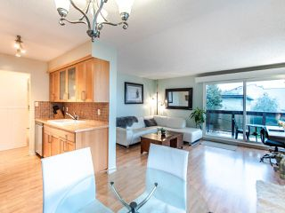 "Photo 9: 305 45 FOURTH Street in New Westminster: Downtown NW Condo for sale in ""DORCHESTER"" : MLS®# R2515848"