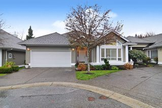"Main Photo: 23 1881 144 Street in Surrey: Sunnyside Park Surrey Townhouse for sale in ""BRAMBLEY HEDGE"" (South Surrey White Rock)  : MLS®# R2519845"
