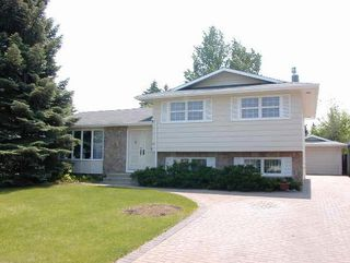 Photo 1: 49 Athabasca Cres. in Saskatoon: Single Family Dwelling for sale