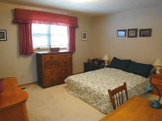 Photo 7: 49 Athabasca Cres. in Saskatoon: Single Family Dwelling for sale