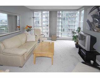 """Photo 3: 1602 1201 MARINASIDE Crescent in Vancouver: False Creek North Condo for sale in """"PENINSULA"""" (Vancouver West)  : MLS®# V654400"""