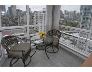 """Photo 7: 1602 1201 MARINASIDE Crescent in Vancouver: False Creek North Condo for sale in """"PENINSULA"""" (Vancouver West)  : MLS®# V654400"""