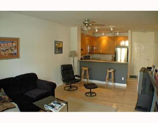 Photo 5: 105 2028 W 11TH Avenue in Vancouver: Kitsilano Condo for sale (Vancouver West)  : MLS®# V657990