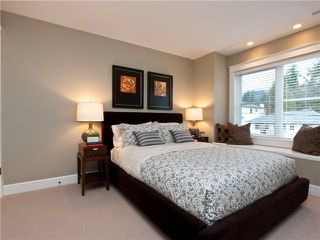 "Photo 5: 1161 HAROLD RD in North Vancouver: Lynn Valley Condo for sale in ""The Bridge"" : MLS®# V878575"