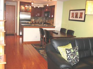"Photo 3: 112 7 RIALTO Court in New_Westminster: Quay Condo for sale in ""Murano Lofts"" (New Westminster)  : MLS®# V675095"