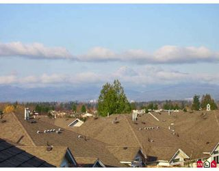 """Photo 10: 107 9012 WALNUT GROVE Drive in Langley: Walnut Grove Townhouse for sale in """"QUEEN ANNE GREEN"""" : MLS®# F2729311"""