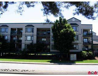 "Photo 1: 303 20454 53RD AV in Langley: Langley City Condo for sale in ""Rivers Edge"" : MLS®# F2621532"