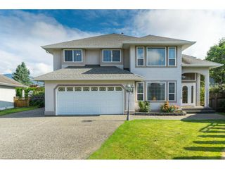 Photo 1: 10031 MERRITT Drive in Chilliwack: Fairfield Island House for sale : MLS®# R2387308