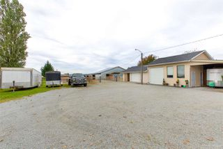 Photo 3: 13479 SHARPE Road in Pitt Meadows: North Meadows PI House for sale : MLS®# R2420820