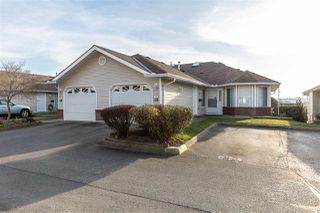 "Photo 1: 82 1973 WINFIELD Drive in Abbotsford: Abbotsford East Townhouse for sale in ""BELMONT RIDGE"" : MLS®# R2446573"
