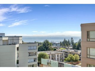 "Photo 14: 807 15111 RUSSELL Avenue: White Rock Condo for sale in ""Pacific Terrace"" (South Surrey White Rock)  : MLS®# R2481638"