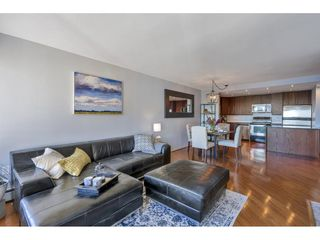 "Photo 11: 807 15111 RUSSELL Avenue: White Rock Condo for sale in ""Pacific Terrace"" (South Surrey White Rock)  : MLS®# R2481638"