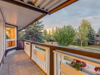 Photo 44: 384 STRATHCONA Drive SW in Calgary: Strathcona Park Detached for sale : MLS®# A1026047