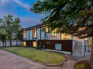Photo 47: 384 STRATHCONA Drive SW in Calgary: Strathcona Park Detached for sale : MLS®# A1026047