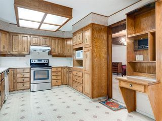 Photo 26: 384 STRATHCONA Drive SW in Calgary: Strathcona Park Detached for sale : MLS®# A1026047