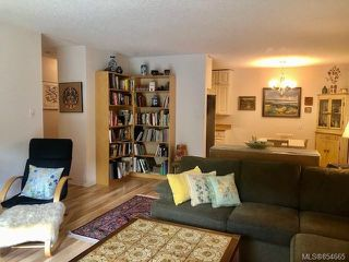 Photo 32: 120 3225 Eldon Pl in : SW Rudd Park Condo for sale (Saanich West)  : MLS®# 854665