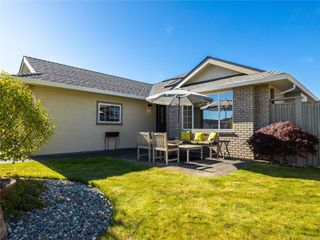 Main Photo: 746 Anson Pl in : PQ Qualicum Beach House for sale (Parksville/Qualicum)  : MLS®# 856911