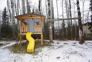 """Photo 33: 1860 SPRUCE Street: Telkwa House for sale in """"Woodland Park Area"""" (Smithers And Area (Zone 54))  : MLS®# R2524139"""