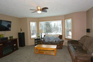 """Photo 8: 1860 SPRUCE Street: Telkwa House for sale in """"Woodland Park Area"""" (Smithers And Area (Zone 54))  : MLS®# R2524139"""