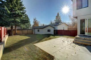 Photo 3: 1316 56 Avenue NW in Calgary: North Haven Upper Detached for sale : MLS®# A1057988
