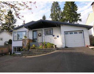 Photo 1: 2820 DOLLARTON Highway in North_Vancouver: Windsor Park NV House for sale (North Vancouver)  : MLS®# V643129